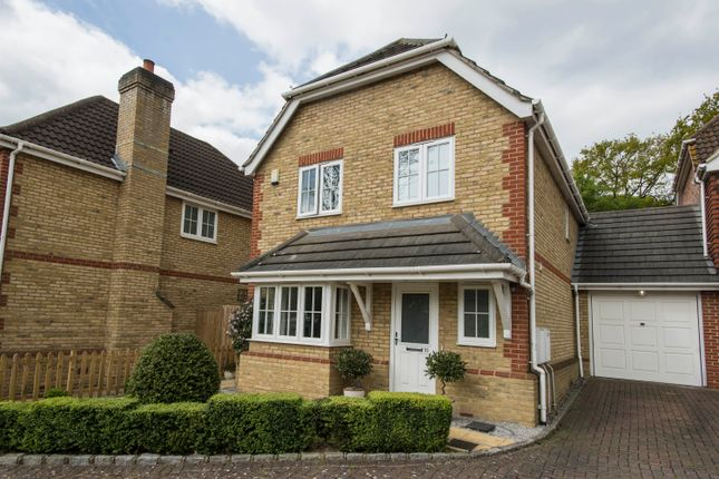 Thumbnail Link-detached house for sale in Holly Gardens, Bexleyheath