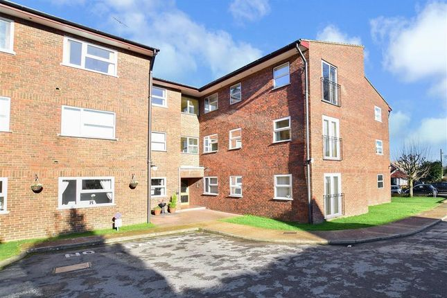 Thumbnail Flat for sale in Woodsland Road, Hassocks, West Sussex