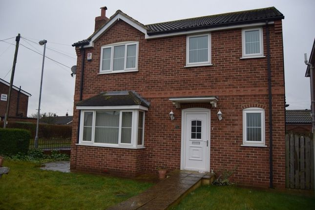 Thumbnail Detached house to rent in Eastbourne View, Pontefract