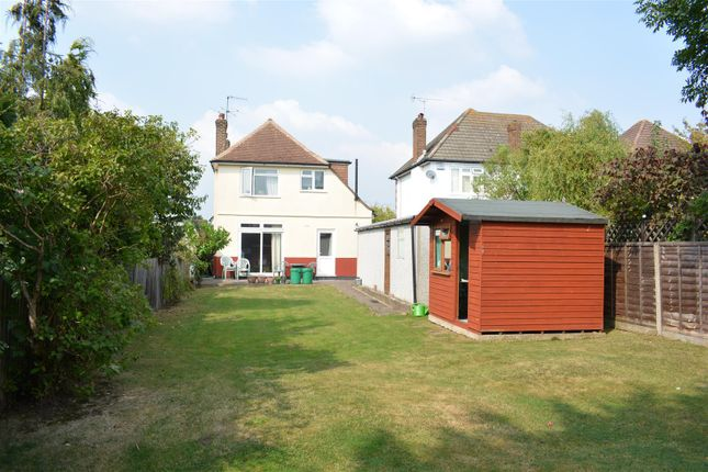 Thumbnail Detached house for sale in Craddocks Avenue, Ashtead