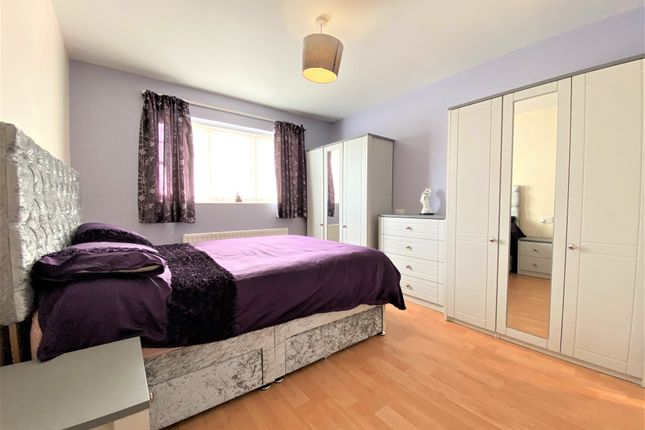 Master Bed of 20 Lawers Road, Broughty Ferry, Dundee DD5