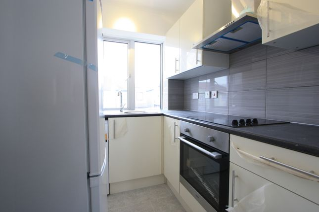 Find 1 Bedroom Flats And Apartments To Rent In Mitcham Zoopla