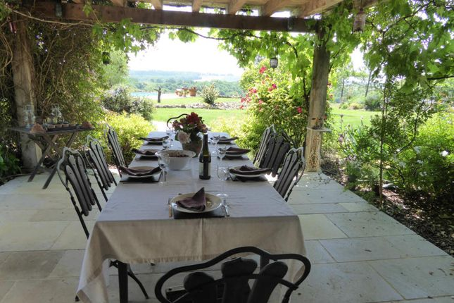 4 bed farmhouse for sale in Eauze, Midi-Pyrenees, 32800, France
