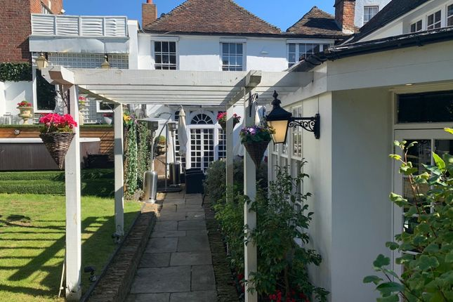 Thumbnail Property to rent in Lower Terrace, London