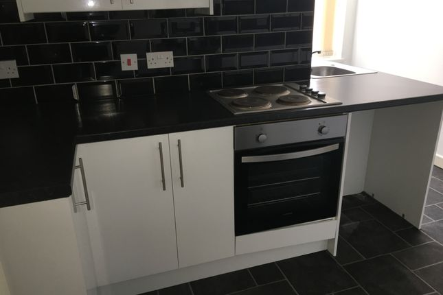 Thumbnail Flat to rent in Warbreck Drive, Blackpool