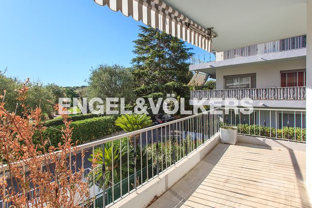 2 bed apartment for sale in Roquebrune-Cap-Martin, France
