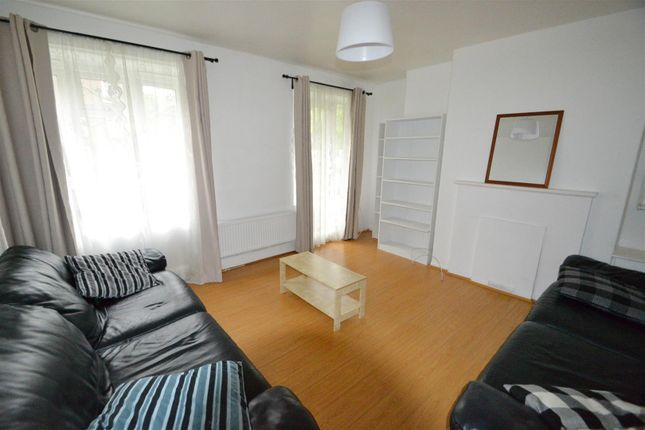 3 bed flat to rent in Aberdeen Place, London