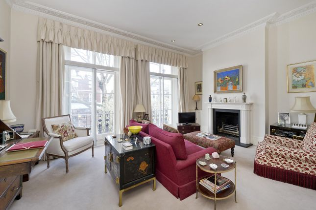 Recption Room of Marloes Road, London W8