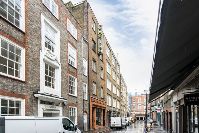Thumbnail Flat to rent in Archer Street, London