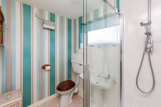 Bathroom of Cromwell Avenue, Beccles NR34