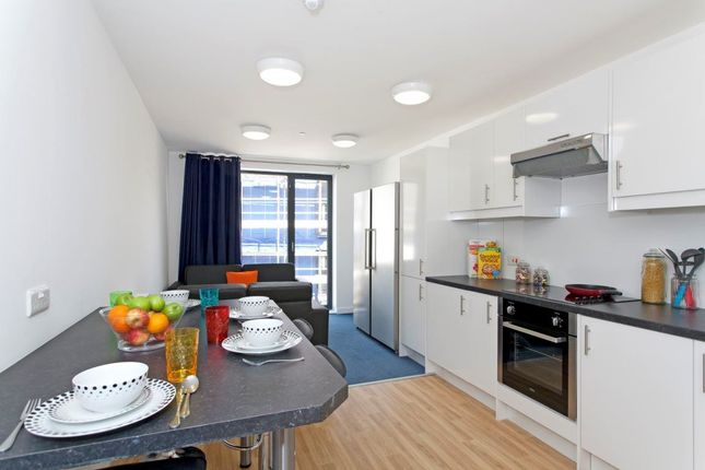 Thumbnail Flat to rent in West Park Place, Edinburgh