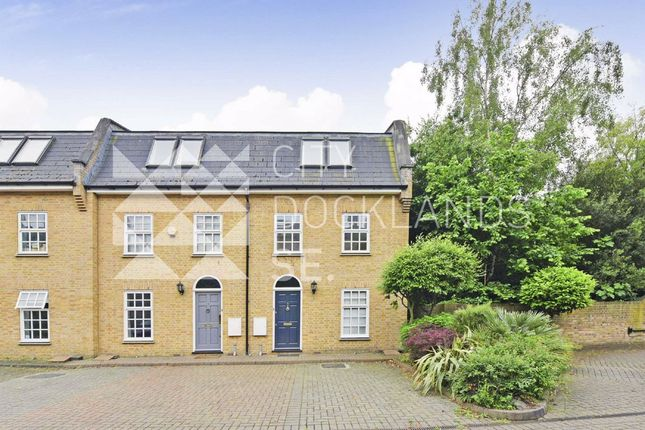 Thumbnail Terraced house to rent in Baytree Mews, London