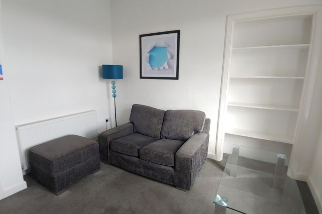 2 bed flat to rent in Newhouse, St. Ninians, Stirling FK8