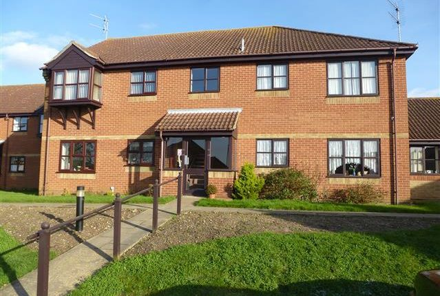 Thumbnail Flat to rent in Marlborough Court, Lowestoft