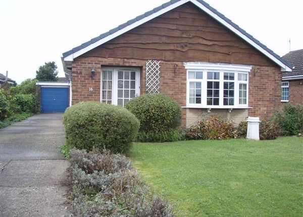 Thumbnail Detached bungalow to rent in Ribston Close, Bottesford, Scunthorpe