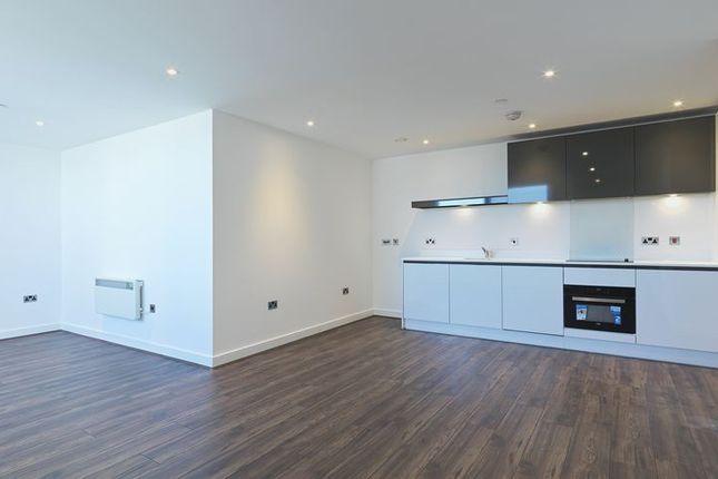Thumbnail Flat to rent in Churchill Way, Basingstoke