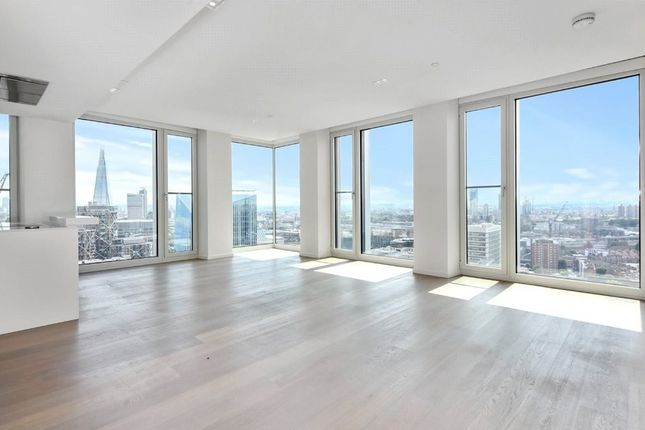 Thumbnail Flat to rent in South Bank Tower, 55 Upper Ground, Southwark
