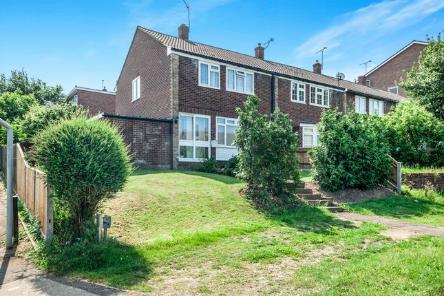 Thumbnail Detached house for sale in High Road, Leavesden, Watford