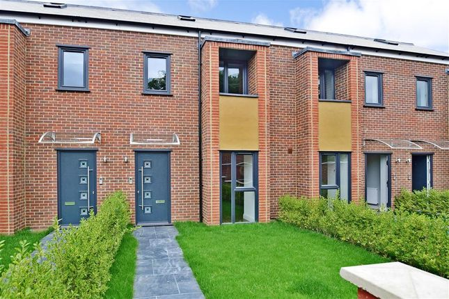 Thumbnail Terraced house for sale in Cornwell Gardens, Leyton, London