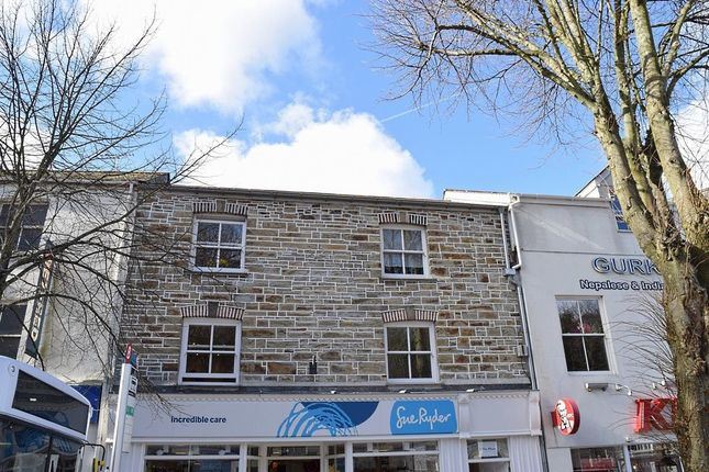 Thumbnail Flat to rent in The Moor, Falmouth