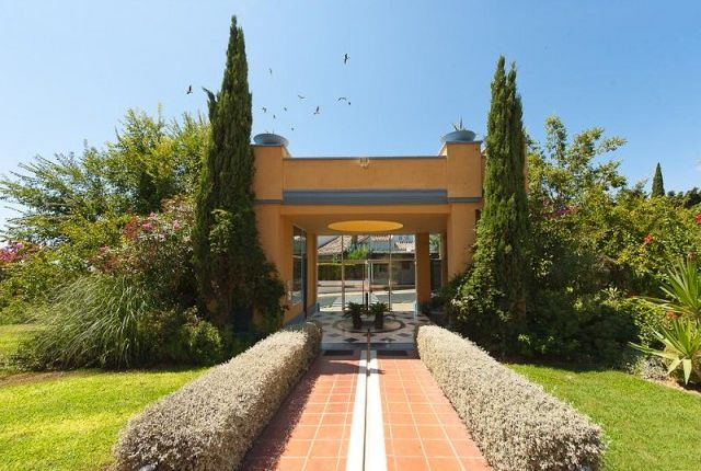 03Fachada of Spain, Málaga, Marbella, Bahía De Marbella