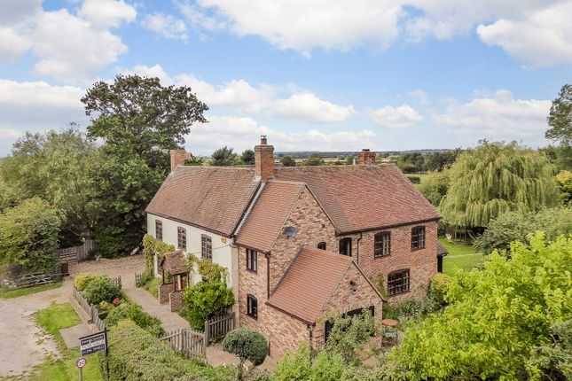 Thumbnail Detached house for sale in Grendon Underwood, Aylesbury
