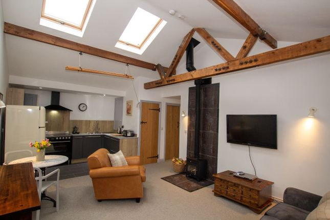 Thumbnail Barn conversion for sale in Oldwich Lane West, Chadwick End, Solihull