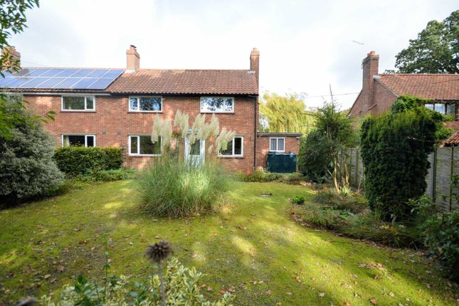 3 bed semi-detached house for sale in Grange Road, Cantley NR13