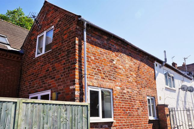 Thumbnail End terrace house to rent in The Cottage, Vine Street, Evesham