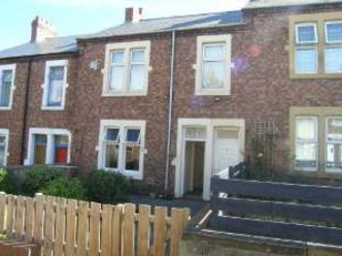 Thumbnail Flat to rent in Axwell Terrace, Swalwell, Newcastle Upon Tyne