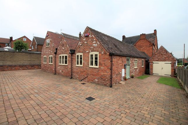 Thumbnail Detached house for sale in Salcombe Close, Newthorpe, Nottingham