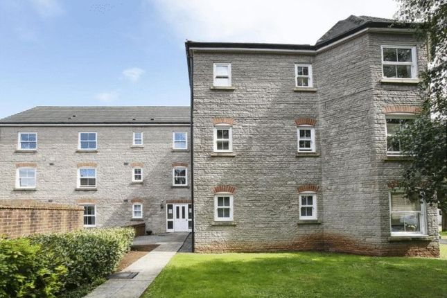 Thumbnail Flat to rent in Bramley Copse, Long Ashton, Bristol