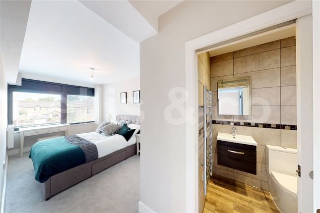 Picture No. 14 of 111-125 Shenley Road, Borehamwood, Hertfordshire WD6