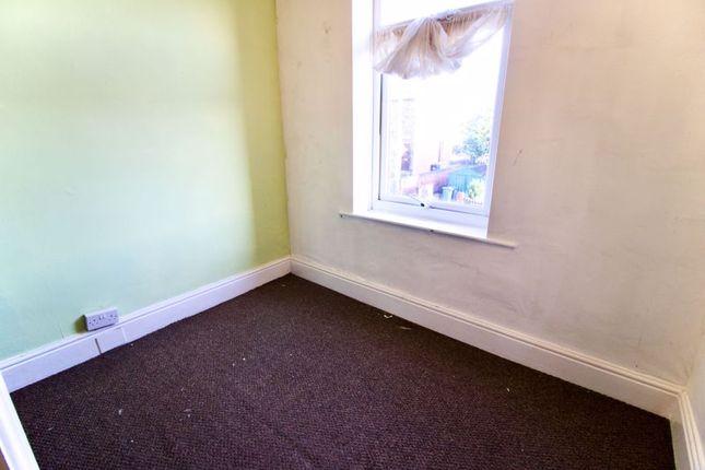 Bedroomtwo of North Street, Lockwood, Huddersfield HD1
