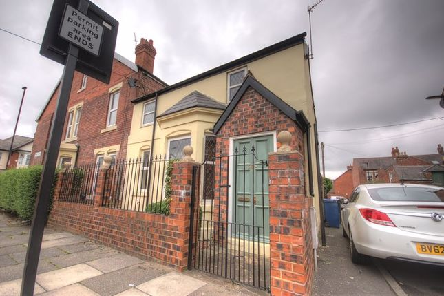 Thumbnail Terraced house for sale in Myrtle Grove, Jesmond, Newcastle Upon Tyne