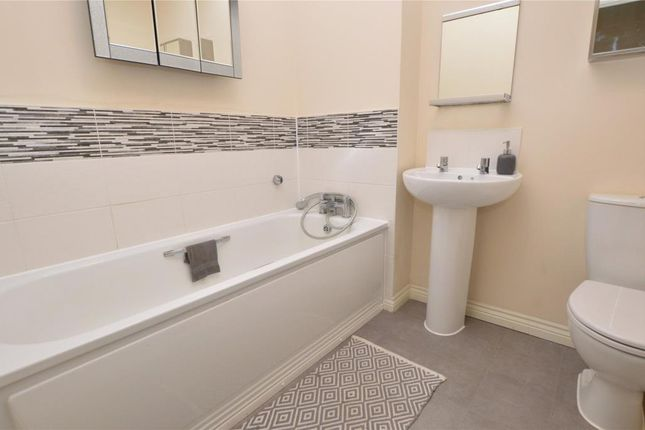 Picture No. 11 of Wilson Close, Newquay, Cornwall TR7