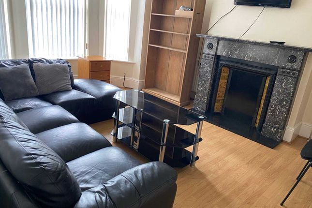 Thumbnail Terraced house to rent in Albion Road, Fallowfield