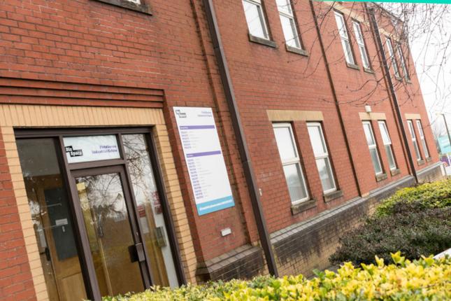 Thumbnail Office to let in Fieldhouse Road, Rochdale