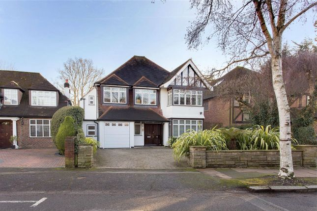Thumbnail Detached house for sale in Lake View, Edgware, Middlesex
