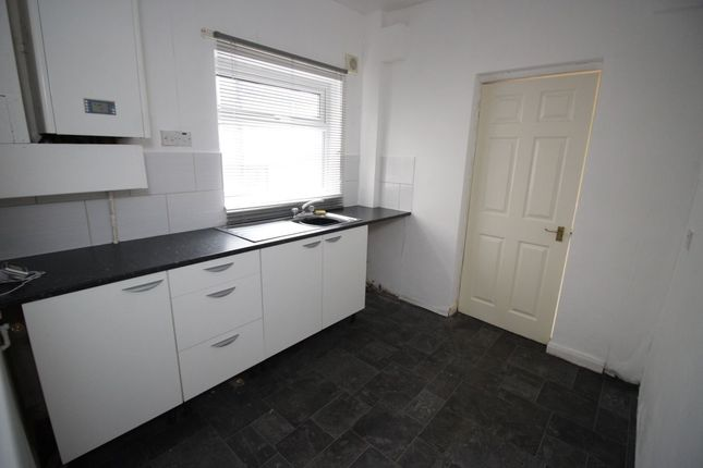 Thumbnail Terraced house to rent in Doe Quarry Lane, Dinnington, Sheffield