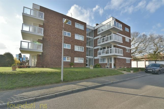 Thumbnail Flat for sale in Barnhorn Road, Bexhill-On-Sea, East Sussex