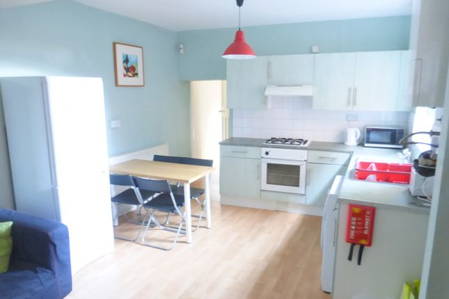 Thumbnail Flat to rent in Broadgate, Beeston