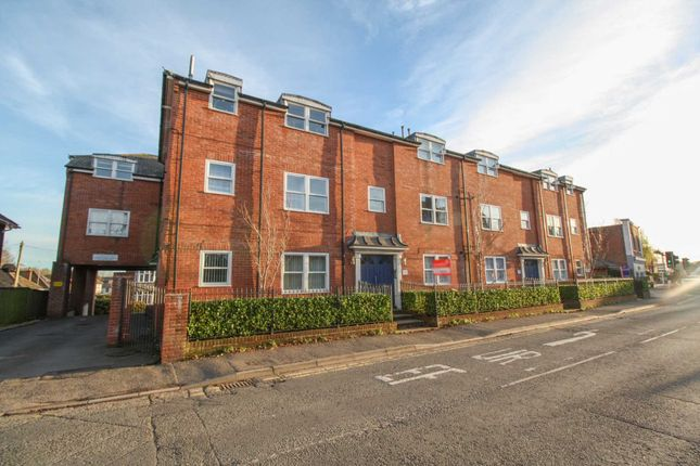 Thumbnail Flat to rent in Salisbury Road, Blandford Forum