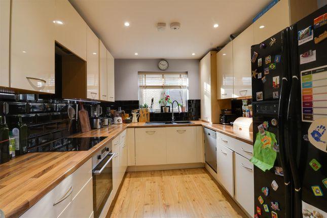 Kitchen Opt 4  of Brambling Close, Greenhithe DA9