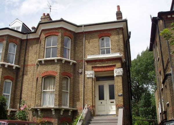 Thumbnail Flat to rent in Cavendish Road, Brondesbury