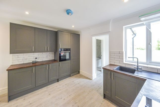 Thumbnail Terraced house to rent in Folly Lane, St.Albans