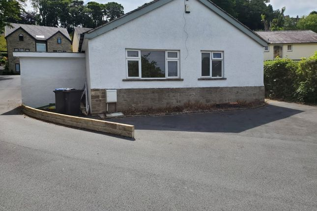 3 bed detached bungalow to rent in Manor Road, Keighley BD20