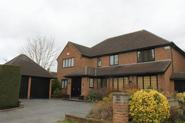 Thumbnail Detached house to rent in Wattleton Road, Beaconsfield