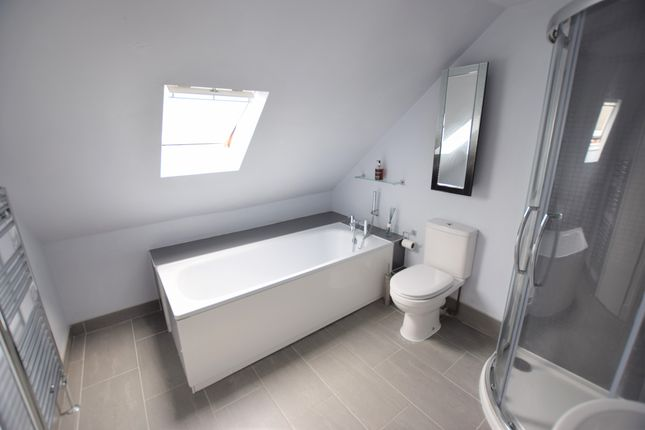 Bathroom of Richmond Road, Pevensey Bay BN24