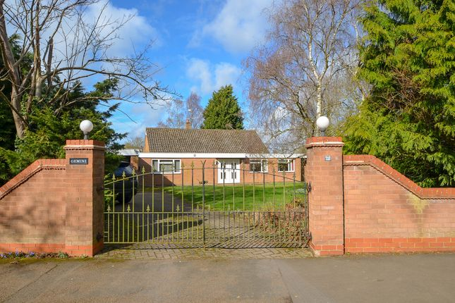 Thumbnail Detached bungalow for sale in Southam Road, Dunchurch, Rugby
